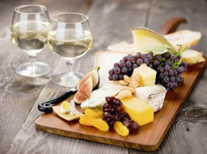 wine-cheese-board-at-the-New-York_City-food-and-wine-festival