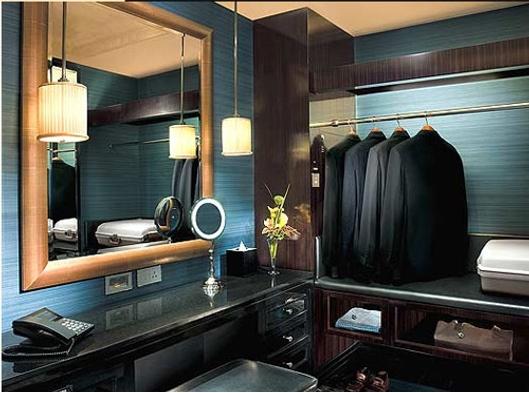 Peninsula Shanghai Closet