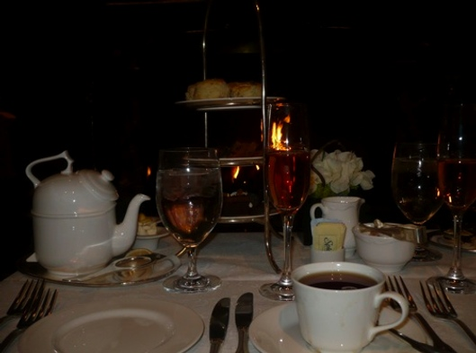 Five Etiquette Tips for Hotel High Teas